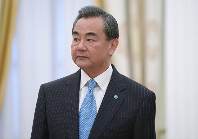 中國外長稱俄中關係是全球穩定的中流砥柱