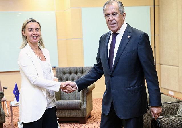 欧盟对外事务部:俄罗斯与欧盟外长讨论乌克兰东部局势问题
