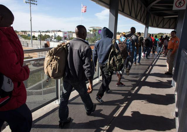 入境美国的难民