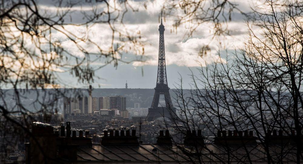 恐袭后巴黎游客人数2016年减少150万