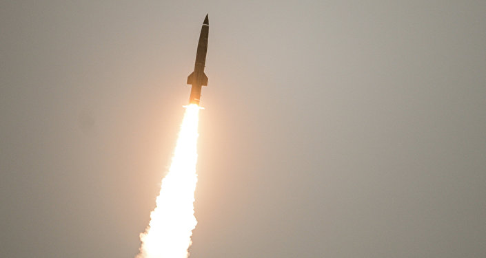 """俄副总理:俄新导弹能""""撕碎""""美国反导系统"""