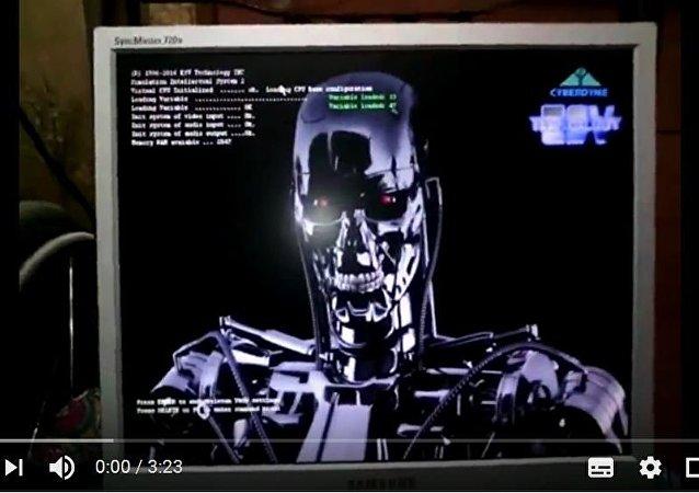 彼爾姆程序員組裝了會說話的「終結者T-800」