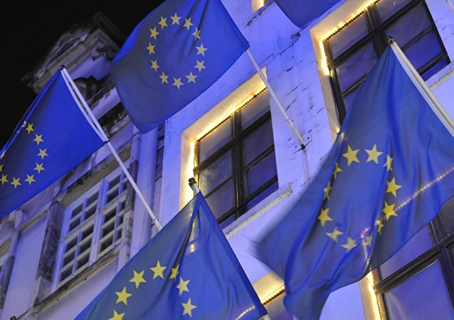 波兰认为欧盟委员会在难民问题上只对三国提出意见是双重标准