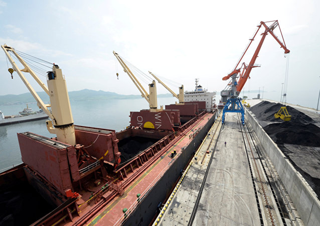 中国海关总署:2017年第一季度中国自朝鲜进口煤炭267.8万吨