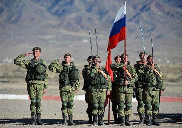 俄罗斯军人在吉尔吉斯斯坦