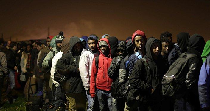 近3年通过欧盟的努力在地中海解救60多万移民