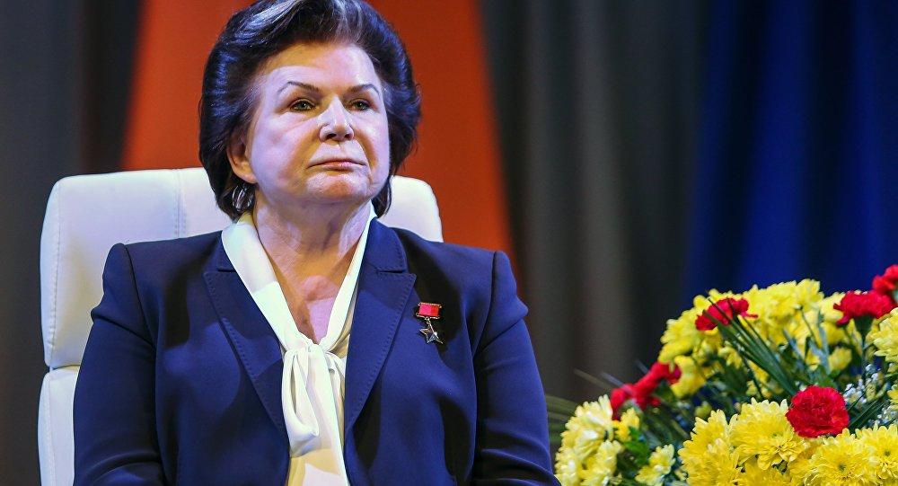 普京祝賀捷列什科娃82歲誕辰 稱她為命運閃耀的人