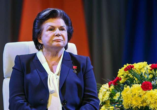 普京祝贺捷列什科娃82岁诞辰 称她为命运闪耀的人