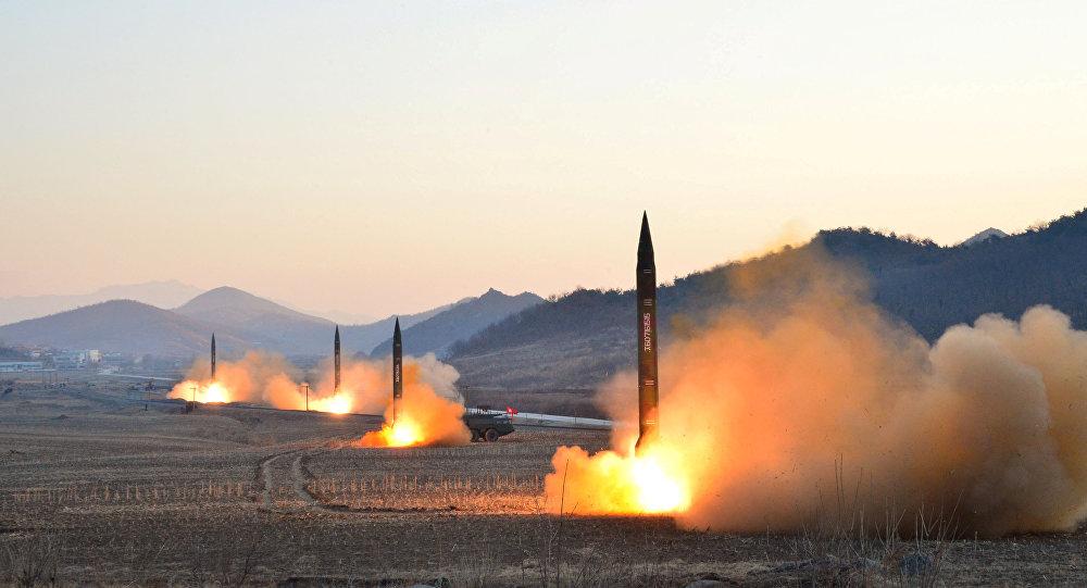 朝鮮6日進行了四次導彈發射,其中3枚落入距日本西北部秋田縣以西300-500公里的專屬經濟區範圍內。