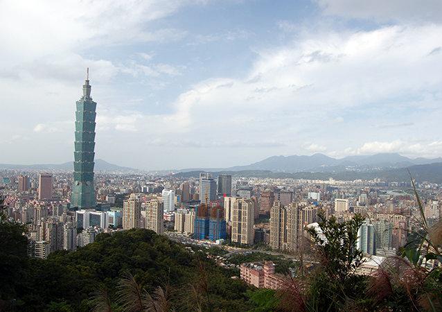 """台湾人在""""一中""""问题上两极化严重:危险否?"""