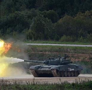 美杂志对比俄罗斯T-90与美国艾布拉姆斯