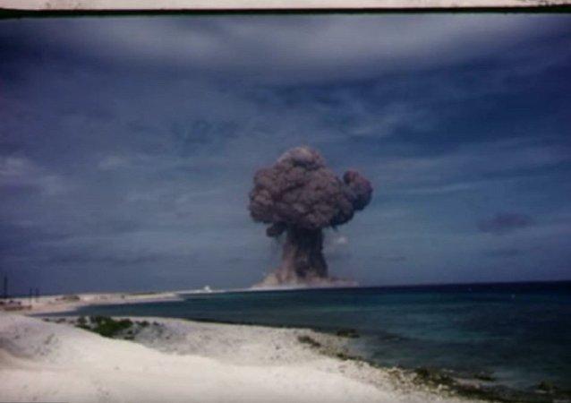 美国解密核武器试验胶片