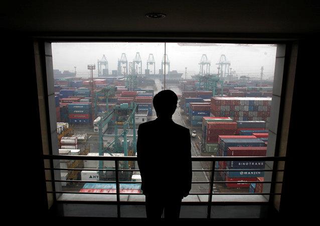 俄經發部高官:歐亞經濟聯盟與中國很快將簽署首份貿易合作協議