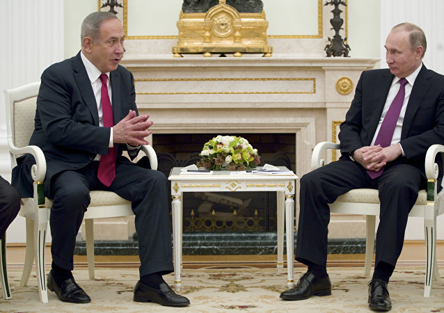 克宫:普京与内塔尼亚就有关以空军导弹攻击叙利亚的情况进行讨论