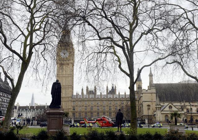 英国首相:英国最近三个月发生的恐怖袭击互相之间没有关联