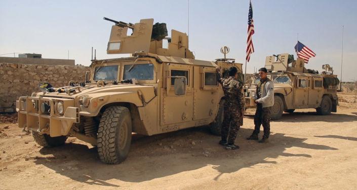 美国已在叙利亚部署近20个军事基地培训武装分子