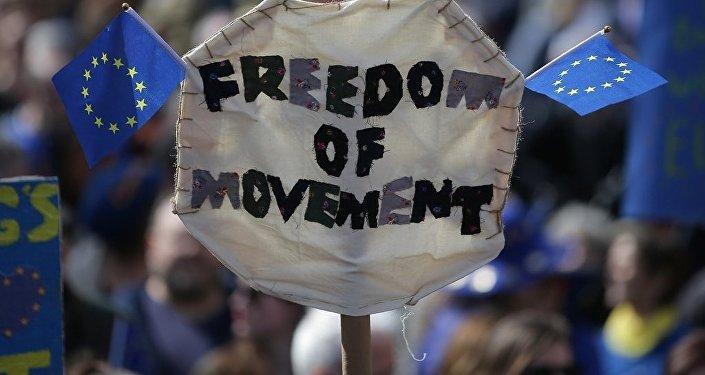 民調:近半數英國人反對當前與歐盟的脫歐協議
