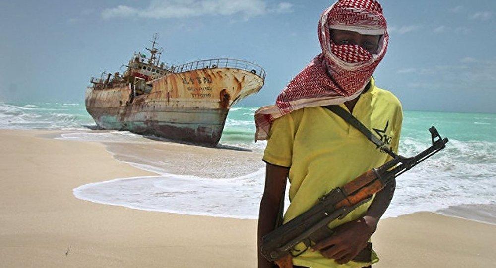 索马里海盗劫持一艘有11名船员的印度商船