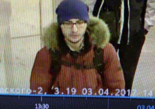 调查人员公布了圣彼得堡爆炸地铁案凶犯的姓名