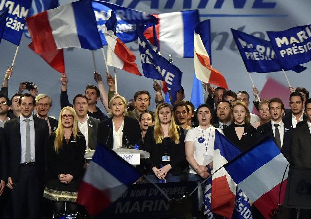 法国约500万观众收看最近的总统候选人电视节目