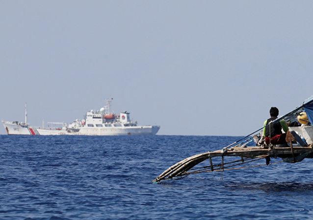 中国外交部:美国驱逐舰出现在西沙群岛是军事和政治挑衅