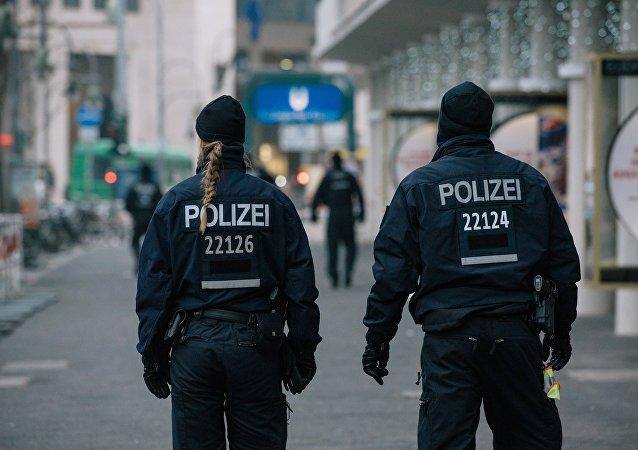 媒体:警方尚不清楚多特蒙德球队大巴旁爆炸的是何物