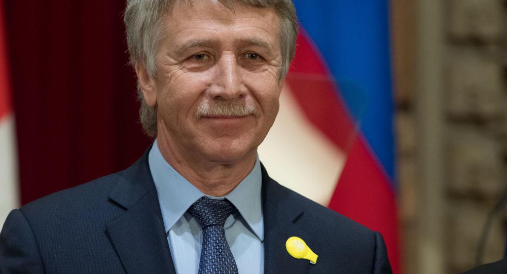 诺瓦泰克总裁:美国制裁或令俄与伙伴国加快改用本币结算的进程