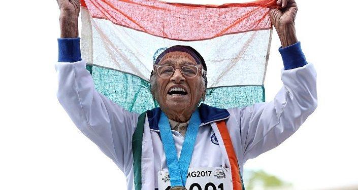印度101歲老人參加世界運動會百米賽跑