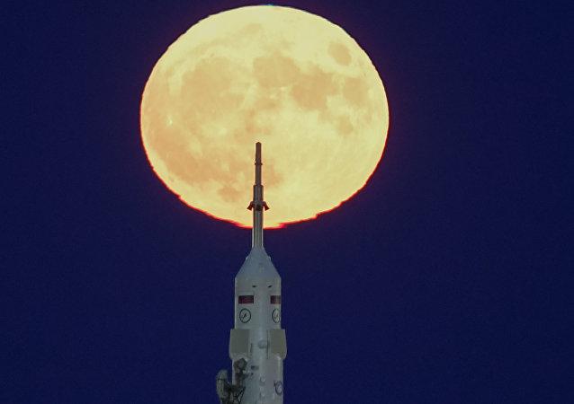 月球上发现建立探月基地的理想场所