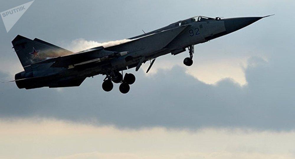 一架俄罗斯米格-31战斗机在下诺夫哥罗德州坠毁