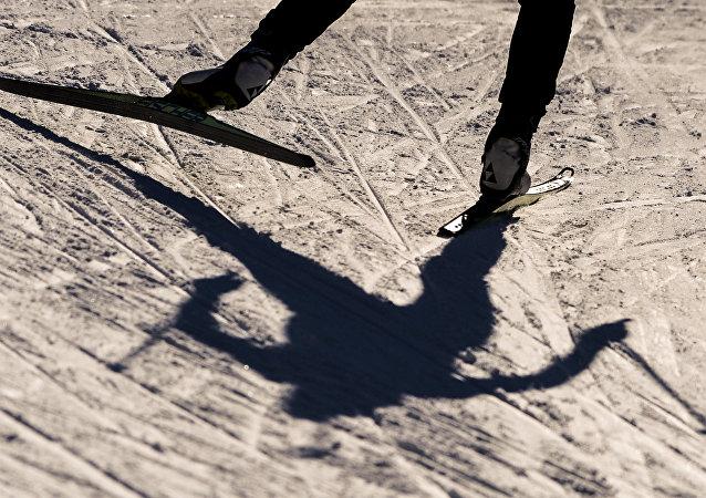 俄中日三國將通過人員交流共同提升雪上運動專業技術