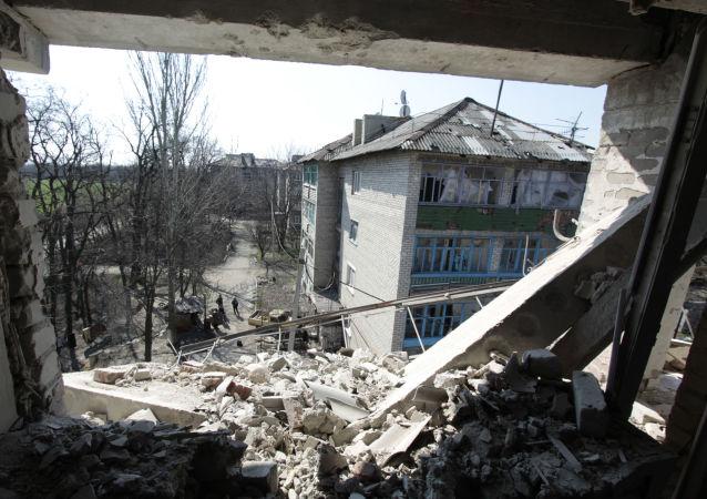 媒體:烏尼古拉耶夫市中心一家銀行門口發生爆炸