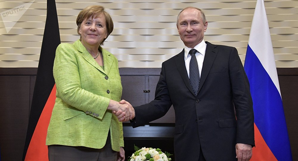 普京和默克尔电话讨论汉堡G20国首脑会议主要议题