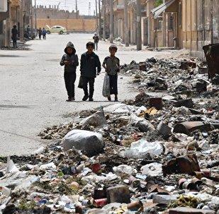 国际联军空袭叙代尔祖尔省一村庄造成10多人死亡