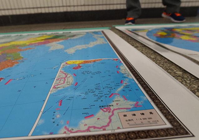 中方敦促域外国家尊重地区国家和平解决南海问题的努力