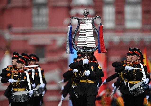 中國國防部:俄羅斯軍樂團將受邀參加香港回歸20週年慶祝活動