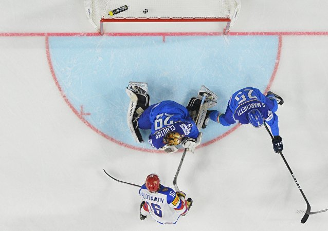 俄冰球队在世锦赛上以10比1狂胜意大利