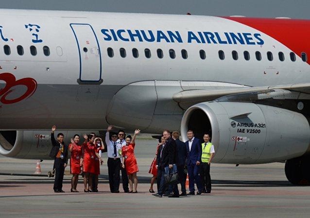 中國成都直飛聖彼得堡首航航班客貨運載超出預期