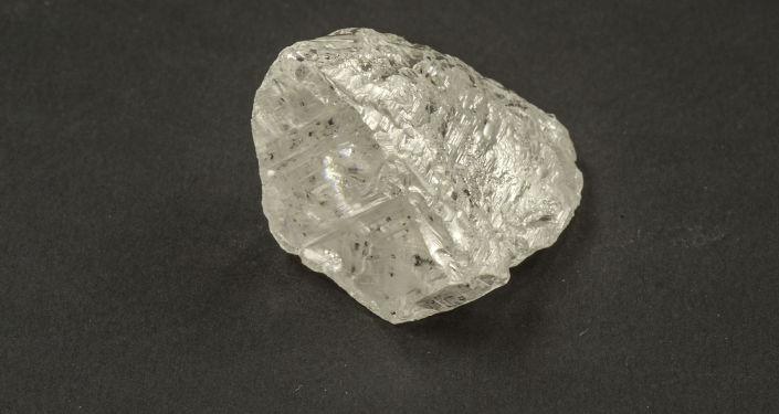 在俄罗斯找到一块重达83.5克拉的钻石