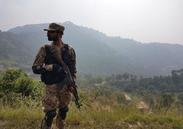 Солдат пакистанской армии
