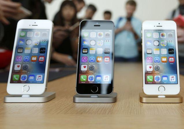 iPhoneSE手機