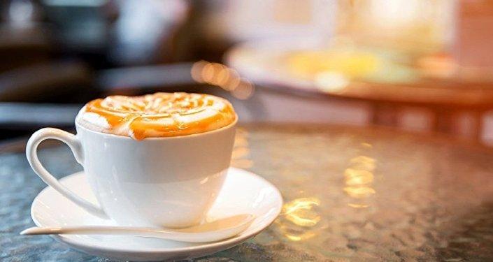 科學家揭示過度飲用咖啡對大腦的危害