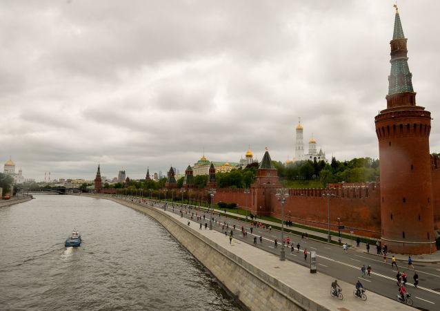 """俄总统新闻秘书: 卡塔尔通讯社被黑一事中有""""俄方痕迹""""是又一次诽谤"""