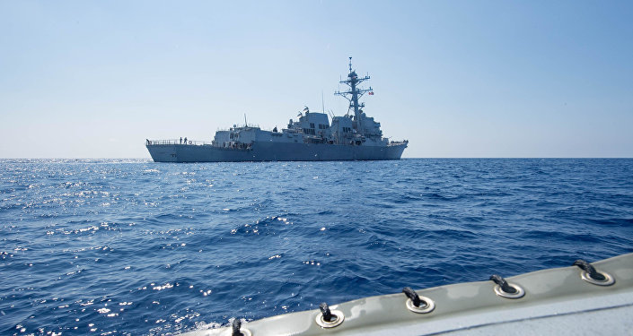 美国驱逐舰进入南沙群岛