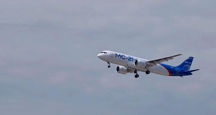 俄制新型客機MS-21在伊爾庫茨克完成首次試飛