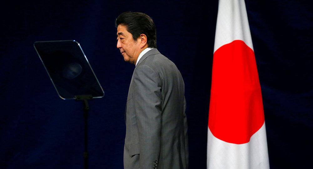 日本前首相小泉稱安倍或將於今年6月下台