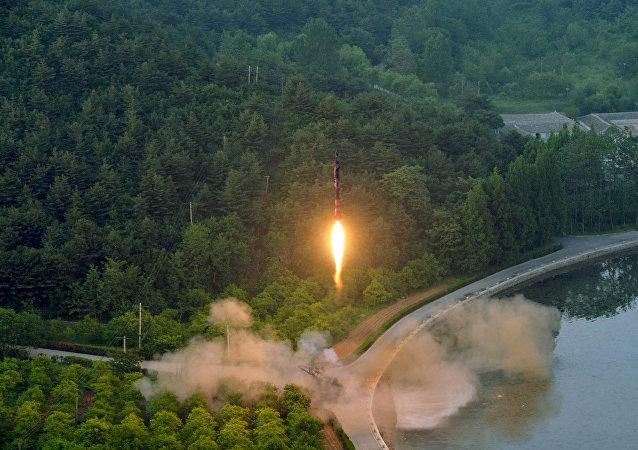 """军事专家:""""朝鲜伊斯坎德尔""""有能力摧毁驻韩美军"""