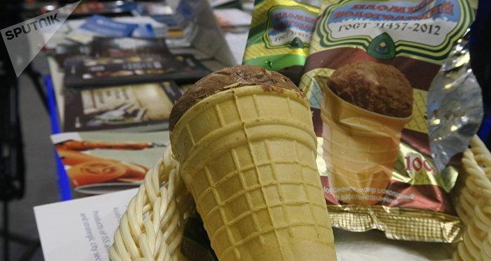 俄冰淇淋在中食展上获金牌