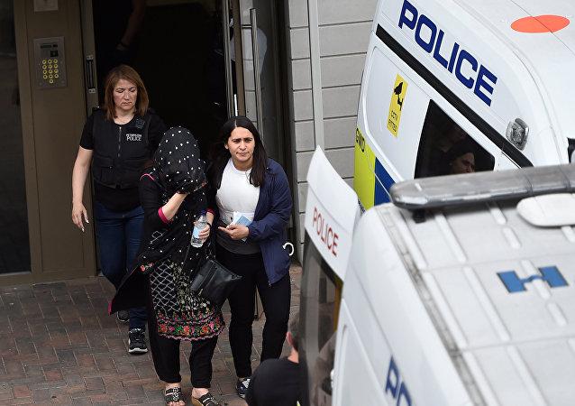 警方:伦敦恐怖袭击12名嫌疑人被捕