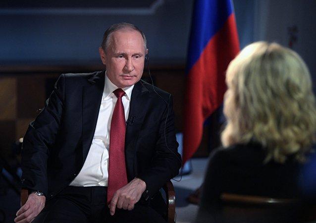普京:制裁与干涉美国大选无关 这出于遏制俄罗斯的愿望